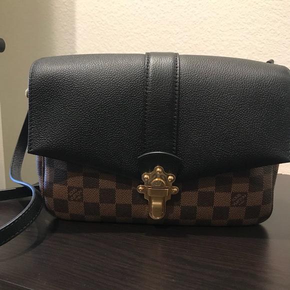 Louis Vuitton Handbags - LV CLAPTON 7232f414d4